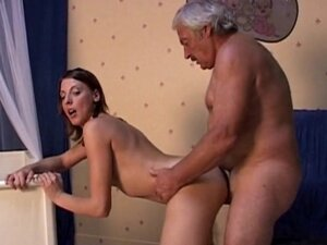 Antoinette swallows old dick of Bruce