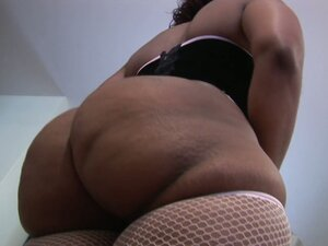 Big cellulite booty milf Cherokee blows black cock doggy style