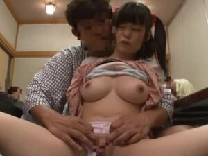 Japanese babe is fingered and fucked in many ways