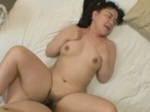 Chubby asian wife gets a creampie