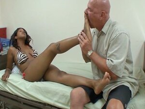 Horny bald dude enjoys black feet