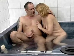 Old couple fucking in the hot tub