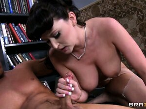 This horny librarian makes some nice while getting a big facial