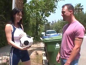 RayVeness the sexy MILF gets fucked rough in the bedroom