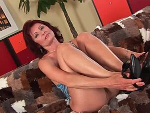 Granny with hard nipples and hirsute pussy masturbates