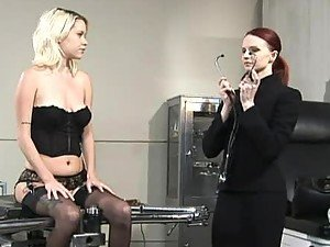 Chick Goes To Doctor & Leaves With Wet & Gaped Holes