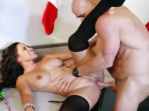 Slutty secretary Jessica Bangkok livens up an office party