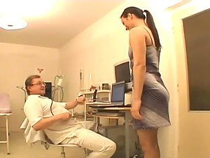 Salacious bitch gets her pussy fucked at the gynecologist