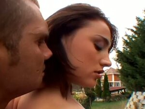 Hot teens in great outdoor anal video