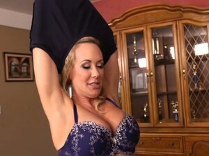 Seductive rubbing and blowjob from hot milf Brandi Love
