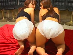 Three Lesbians Have Anal Fun With A Large Dildo