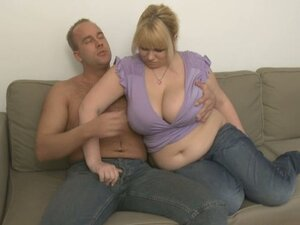 Fatty babe loves taking it hard