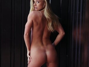 Erotic blonde babe Nikki Leigh demonstrates her slender naked shape