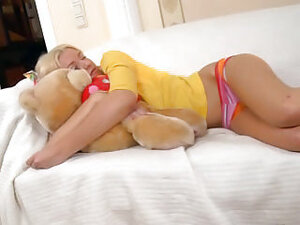 Sexy teen gets gaped