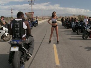 Marie Luv, Jada Fire & Nyomi Banxxx enjoy a group fuck after the bike race