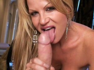 Kelly madison shows huge rack in hardcore action