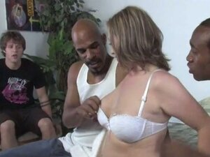 Mom keira kensley loves the hot big black cock threesome