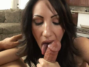 Italian brunette MILF has fun with her lover in a hotel room. Hot video