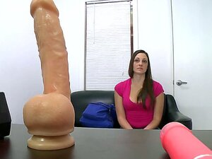The amateur brunette chick Melanie Hicks is gonna make the nice shaved pussy get the orgasm when sees the big fat dildo that seems to be ready for deep penetration