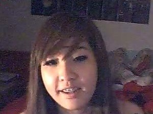 Pretty Asian Amateur Teen with Braces In Webcam Chat