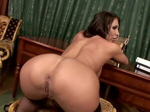 Sassy secretary is a milf with desires