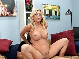 Hot mom Amber Lynn/Amber Lynn. Part 2
