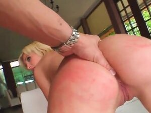 Blonde gets it rough in sexy threesome