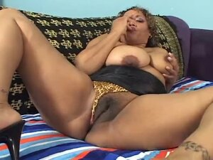 Fat Ebony with big ass make sport sex