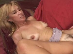 Hot milf, saggy,niples, anal