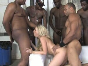 Mina Gangbang loves her gaping pink hoe filled