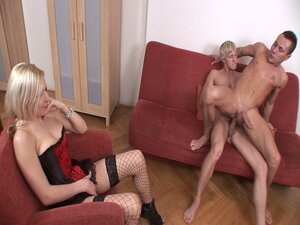 Threesome bisexual reaming on a couch