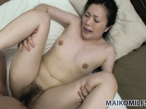 Adventurous Japanese mommy gets her first creampie in front of camera