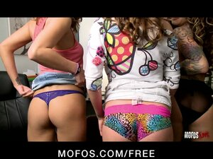 MOFOS LIVE SEX SHOW 5 - PORNSTARS: Bryanna, Taylor and Koi Rogers