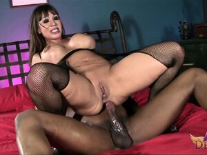 Spreading her legs wide open the cougar invites him to explore every inch of her ass
