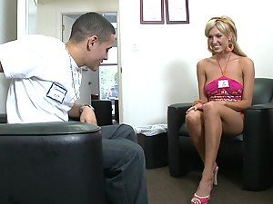 Blonde babe got really sexy and flexible feet, she gives her boyrfriend footjob