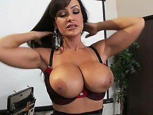 Fucking The Hairy Pussy Of Lisa Ann Is a True Delight