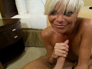 Mature cougar fucking and sucking on cock