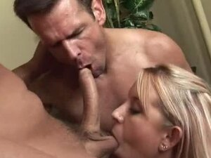 Sexy Blonde Babe Desire Moore Having Fun in Bisexual MMF Threesome