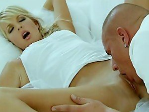 Dazzling Blonde Beauty Loving a Pussy Licking and Hardcore Fucking