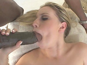 Blonde Slut Christie Lee Gets A Real taste Of Interracial Sex