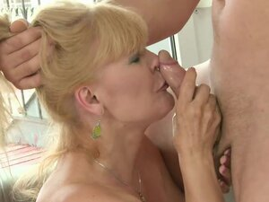 Sweet Interruption to Fuck the Brains out of a Mature Blonde