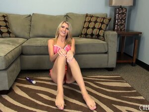 Amanda Tate teases and titillates as she takes off her pink outfit