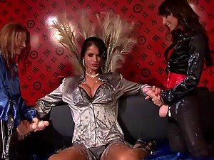 Lena Cova Mischelle And Nessa Devil Play With A Big Plastic Cock