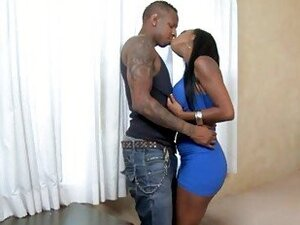 Black dude licking and fucking his new ebony gf