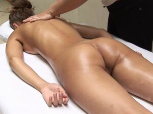 In this video, filmed in a Parisian clinic Anna receives an all over, top to toe body massage to soothe mind, body and spirit Sensually working on soothing and relaxing Anna, the masseuse expertly massages her entire body including her most inti