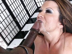 Mamma's Cumming Home! / Raquel Devine. Part 4