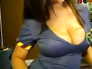 A stunning curvaceous Arab beauty shows off her cans and her booty on a webcam