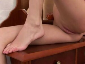Skinny lady with long legs and bald vagina