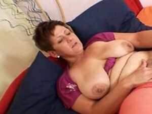 Big Titts granny R20