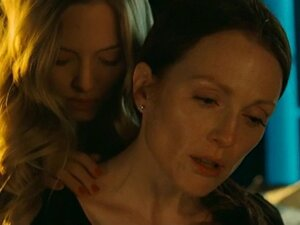 Lesbian scene from Julianne Moore and Amanda Seyfried